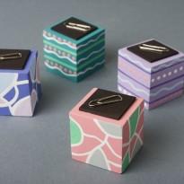 Cub agrafe pentru birou